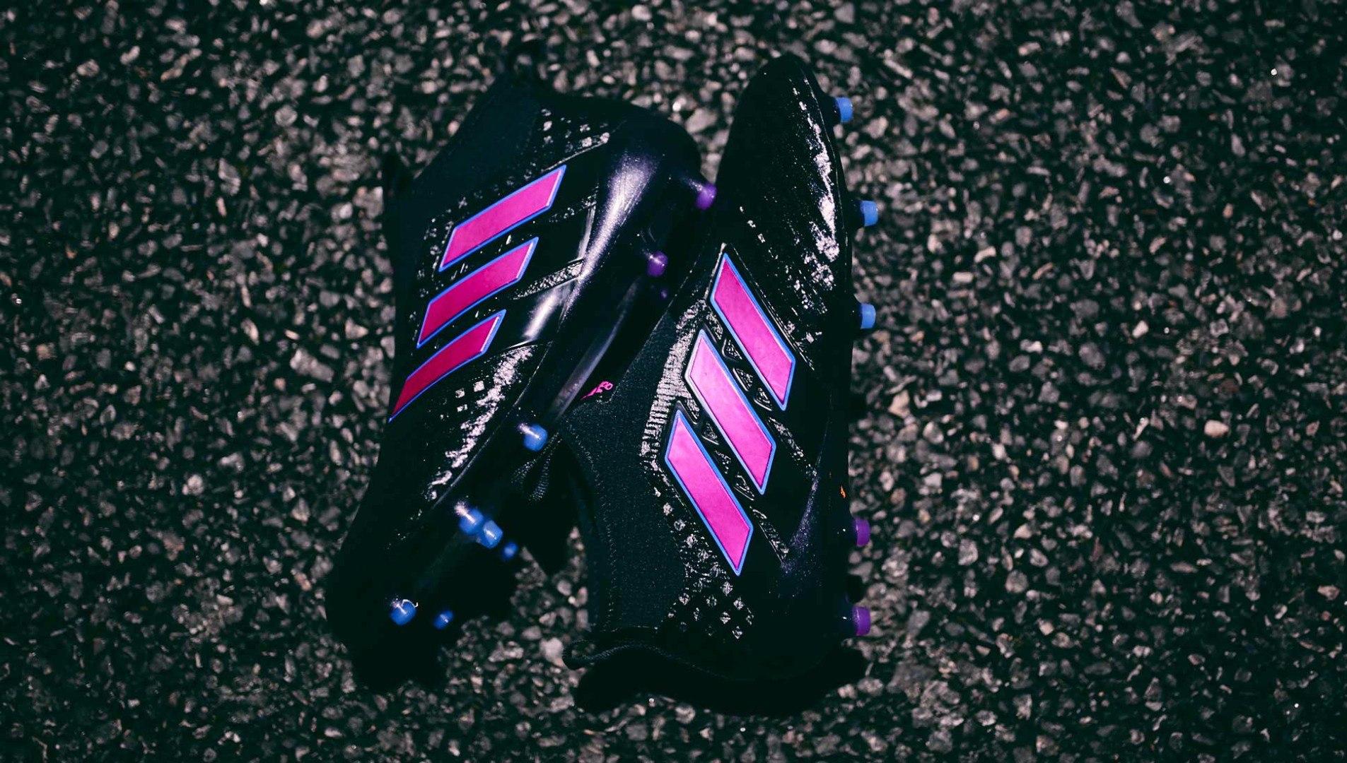 Adidas ACE 17+ Purecontrol в черно-розовом цвете